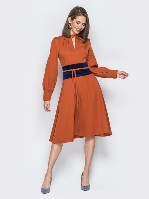 """Оранжевое платье с вырезом """"капля"""" и юбкой-клёш - 19439, фото 1 – интернет-магазин Dressa"""