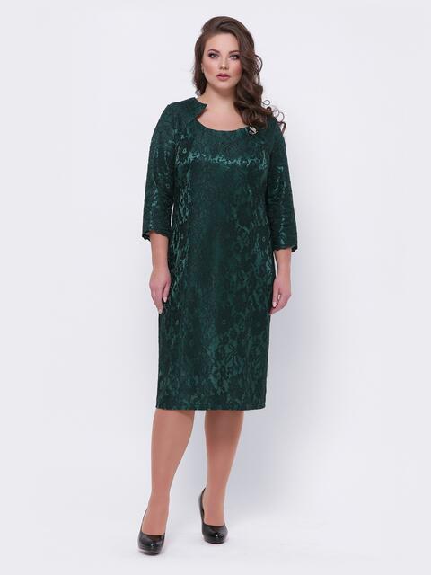 Кружевное платье батал с фигурной горловиной тёмно-зелёное 44094, фото 1