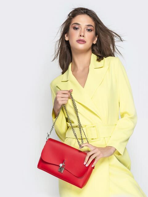 Красная сумка-багет из эко-кожи на длинной цепочке - 21466, фото 1 – интернет-магазин Dressa