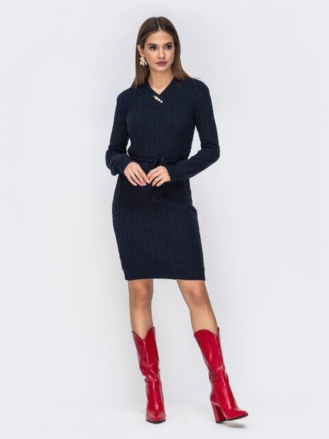 Платье с V-вырезом и съемной брошью тёмно-синее - 42152, фото 1 – интернет-магазин Dressa