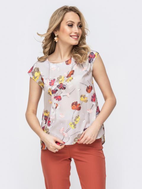 Блузка серого цвета с принтом - 45863, фото 1 – интернет-магазин Dressa