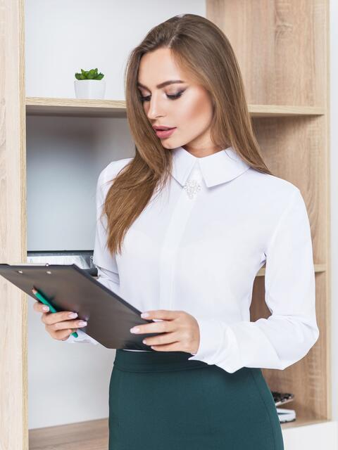Блузка со съёмным украшением и застёжкой сзади белая 14227, фото 1