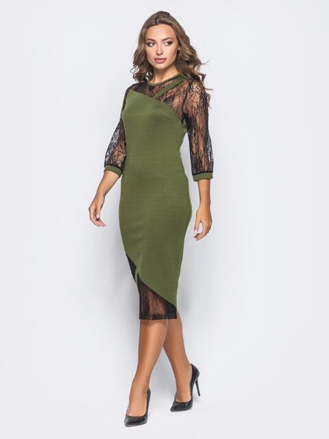 Зелёное трикотажное платье на молнии со вставками из гипюра - 16154, фото 1 – интернет-магазин Dressa
