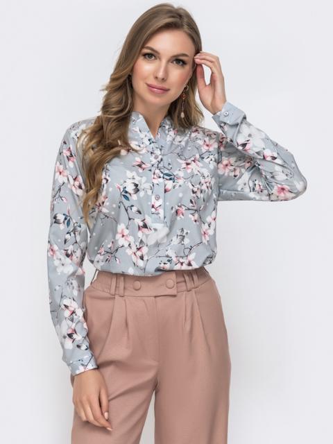 Серая блузка на пуговицах из софта с цветочным принтом 46904, фото 1