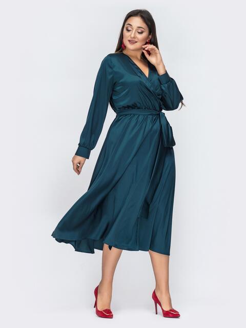 Шелковое зеленое платье большого размера с поясом - 44536, фото 1 – интернет-магазин Dressa