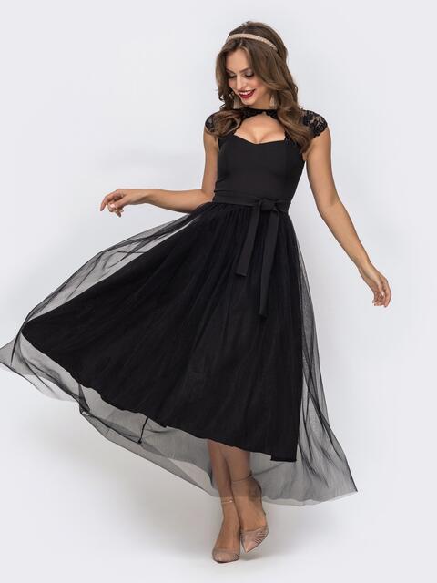 Чёрное платье с фигурным вырезом и гипюровыми вставками чёрное - 42837, фото 1 – интернет-магазин Dressa