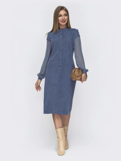 Приталенное платье из замши с шифоновыми рукавами голубое 51072, фото 1