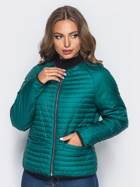 Зелёная стеганая куртка с прорезными карманами - 14691, фото 1 – интернет-магазин Dressa