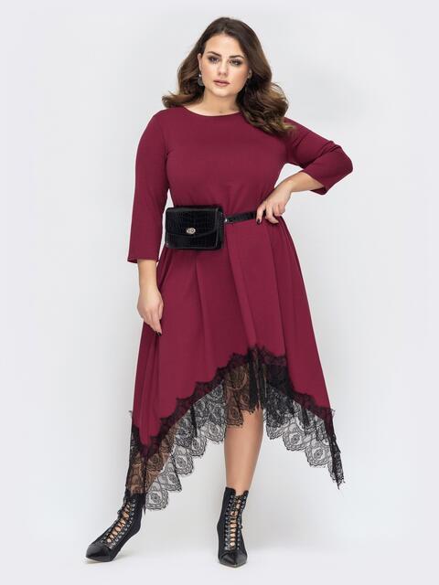 Бордовое платье батал с гипюром и асимметричным низом 44576, фото 1
