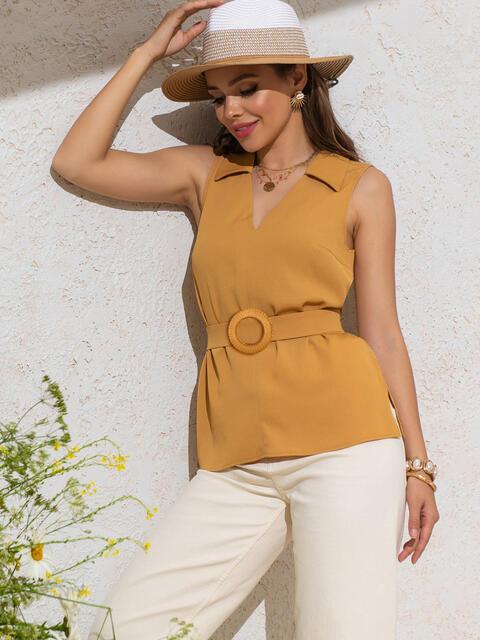Желтая блузка с V-вырезом и разрезами по бокам - 49122, фото 1 – интернет-магазин Dressa