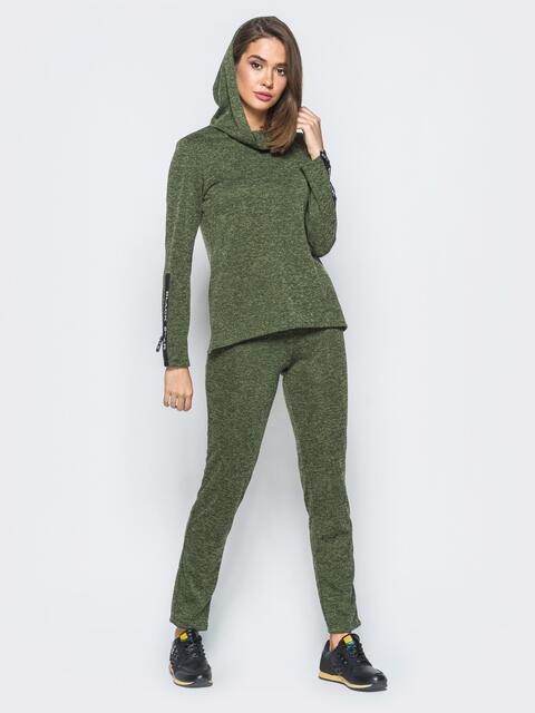 Спортивный комплект зелёного цвета с капюшоном на кофте - 17406, фото 1 – интернет-магазин Dressa