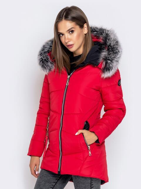 Зимняя куртка с удлиненной спинкой и капюшоном красная - 40632, фото 1 – интернет-магазин Dressa