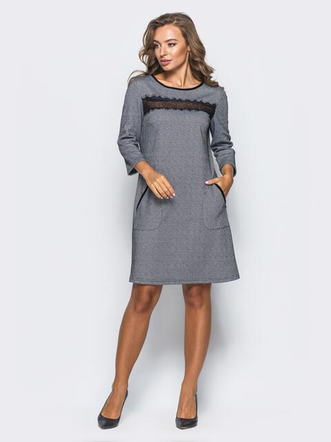 Платье свободного кроя с кружевной вставкой на полочке - 16149, фото 1 – интернет-магазин Dressa