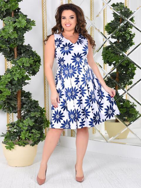 Приталенное платье батал с цветочным принтом белое 47996, фото 1