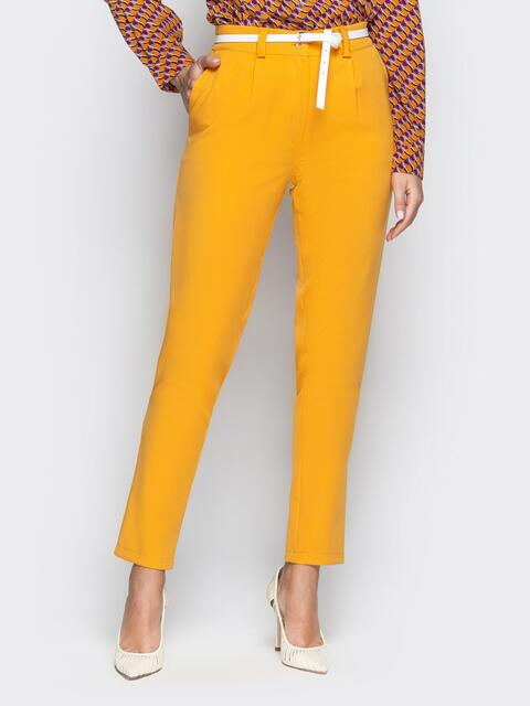 Укороченные брюки со шлёвками и карманами горчичные - 20829, фото 1 – интернет-магазин Dressa