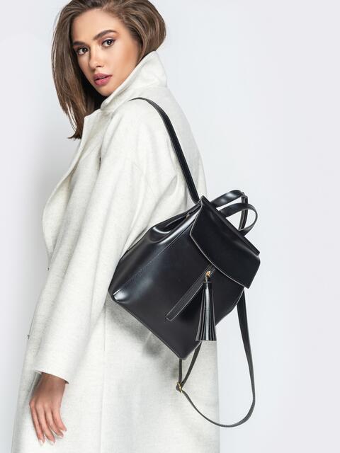Кожаный рюкзак с клапаном и кисточкой на кармане чёрный - 20561, фото 1 – интернет-магазин Dressa