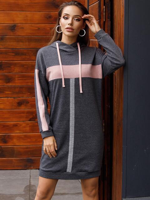 Спортивное платье из трехнитки с капюшоном графитовое 52624, фото 1
