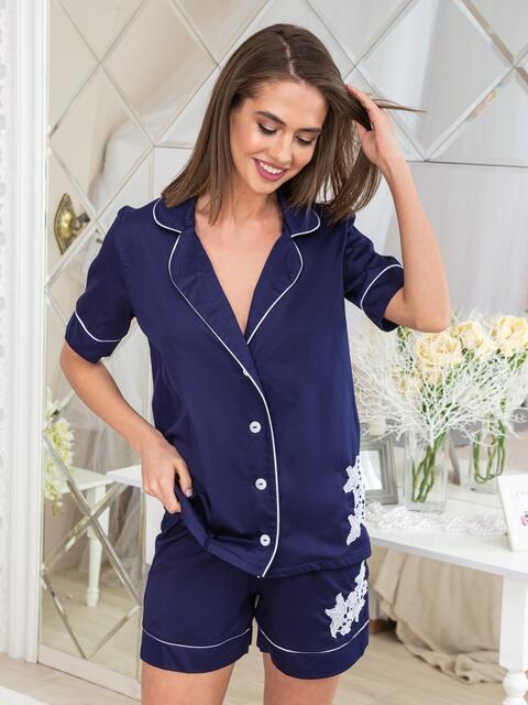 Тёмно-синяя пижама с нашивкой на топе и шортах - 20449, фото 1 – интернет-магазин Dressa