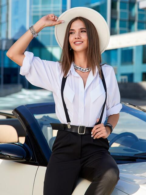 Блузка прямого кроя с накладными карманами белая - 40068, фото 1 – интернет-магазин Dressa