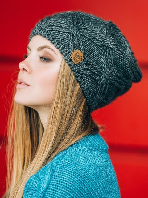 Серая шапка с ажурной вязкой - 14770, фото 1 – интернет-магазин Dressa