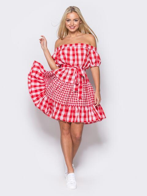 Платье с эластичной деталью по горловине и поясом в комплекте красное - 10902, фото 1 – интернет-магазин Dressa