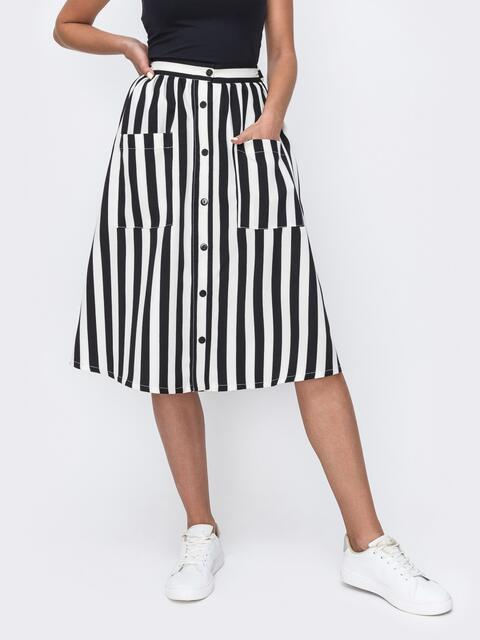 Черная расклешенная юбка в полоску на пуговицах 49529, фото 1