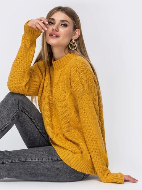 """Желтый свитер с узором """"косы"""" и разрезами по бокам - 43145, фото 1 – интернет-магазин Dressa"""