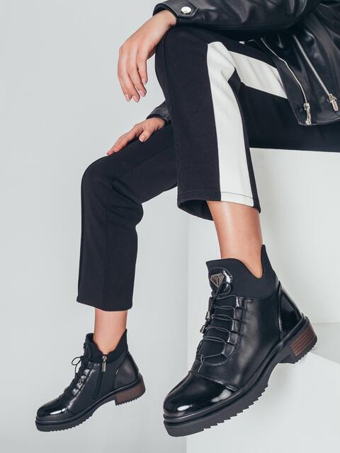 Демисезонные ботинки с лакированными носками 50458, фото 1