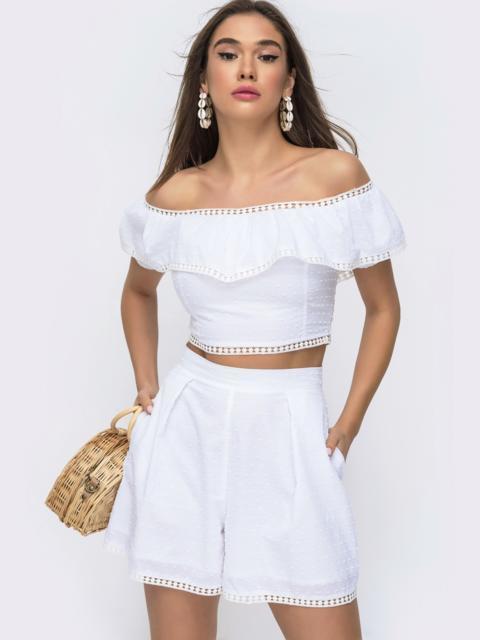 Летний комплект белого цвета из прошвы топ+шорты - 48297, фото 1 – интернет-магазин Dressa