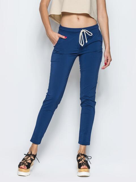 Синие брюки-бойфренды с резинкой на поясе - 12755, фото 1 – интернет-магазин Dressa