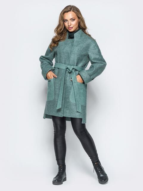 Зелёное пальто на кнопках с удлиненной спинкой - 17261, фото 1 – интернет-магазин Dressa