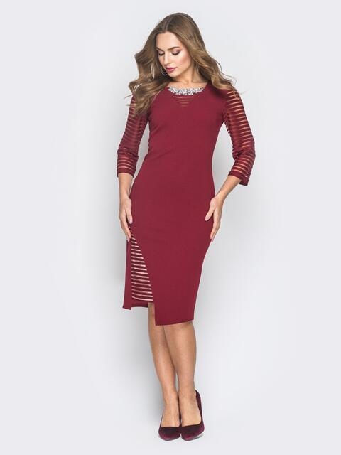 Бордовое платье со вставками из полупрозрачной сетки - 18621, фото 1 – интернет-магазин Dressa