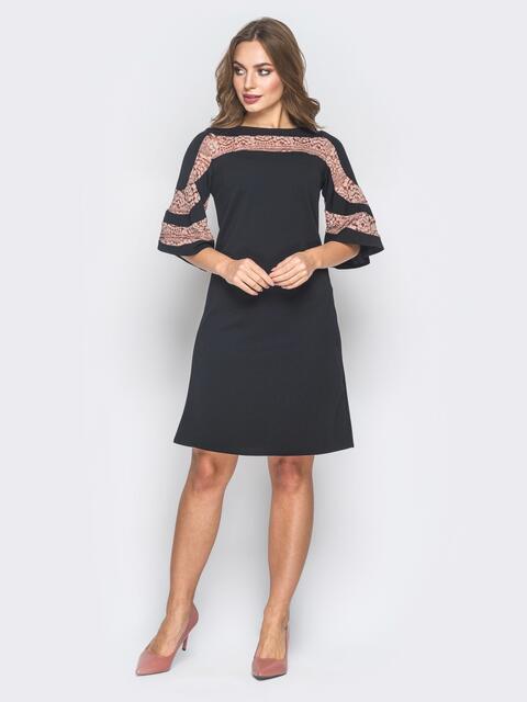 Черное платье-трапеция с кружевом на кокетке и рукавах - 18630, фото 1 – интернет-магазин Dressa