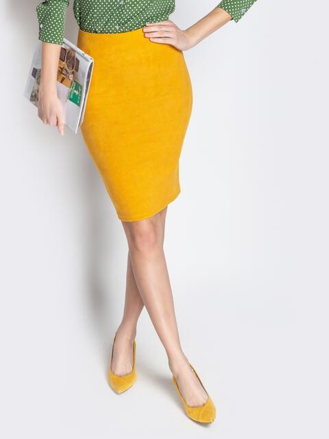 Жёлтая юбка-карандаш из тисненой замши - 20677, фото 1 – интернет-магазин Dressa