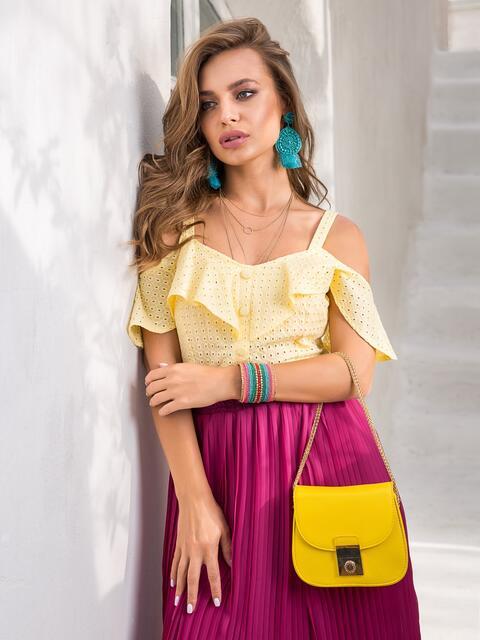 Желтый топ из прошвы с открытыми плечами - 39065, фото 1 – интернет-магазин Dressa