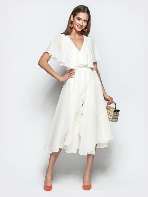 Белое платье из шифона с запахом и широкими воланами - 22107, фото 1 – интернет-магазин Dressa