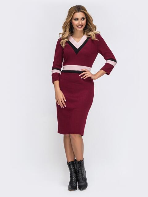 Бордовое платье приталенного кроя с контрастными вставками 42729, фото 1