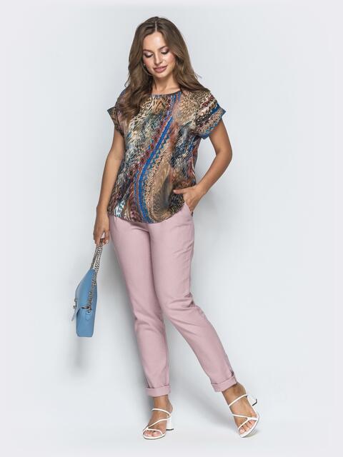 Брючный комплект пудрового цвета с принтованной футболкой - 39351, фото 1 – интернет-магазин Dressa