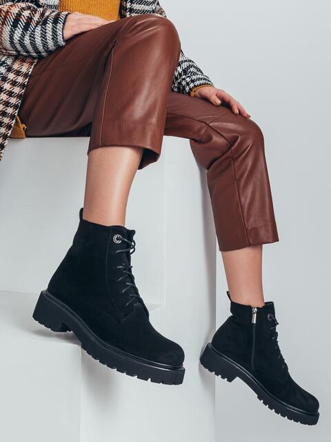 Демисезонные ботинки черного цвета на низком ходу 50461, фото 1