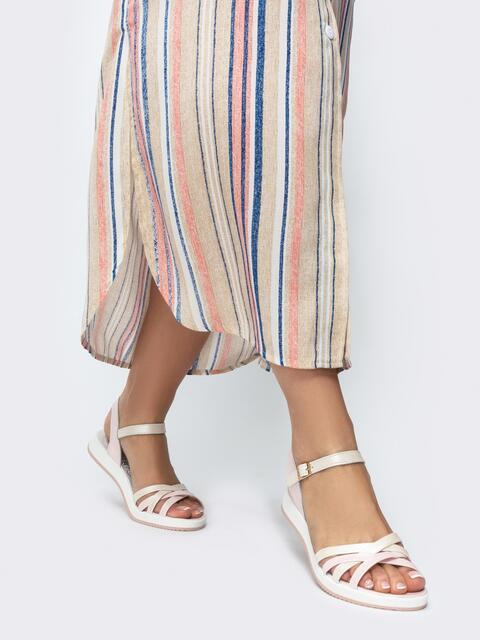 Пудровые сандалии из натуральной кожи с контрастными вставками - 21449, фото 1 – интернет-магазин Dressa