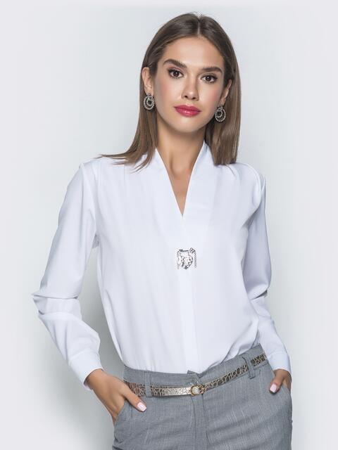 Белая блузка прямого кроя с V-вырезом - 39737, фото 1 – интернет-магазин Dressa