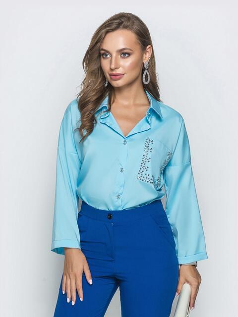 Голубая блузка со стразами и удлиненной спинкой - 39738, фото 1 – интернет-магазин Dressa