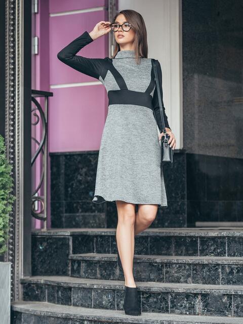 Платье с высокой горловиной и расклешенной юбкой - 16940, фото 1 – интернет-магазин Dressa