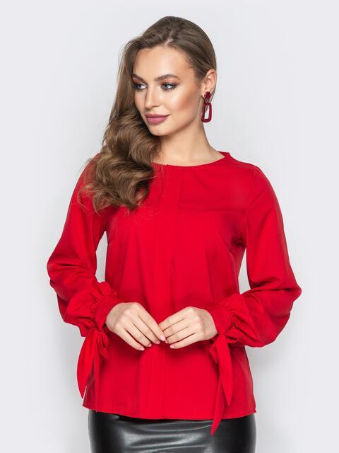 be1e35db6ae Красная блузка с бантами на манжетах - 20200