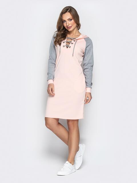 Спортивное платье с контрастными рукавами-реглан пудровое - 20605, фото 1 – интернет-магазин Dressa