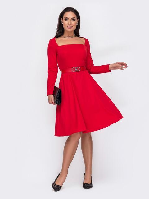 Расклешенное платье батал с квадратным вырезом красное 52050, фото 1