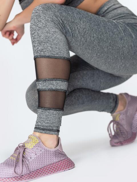 Спортивные лосины со вставками из сетки серые - 44623, фото 1 – интернет-магазин Dressa