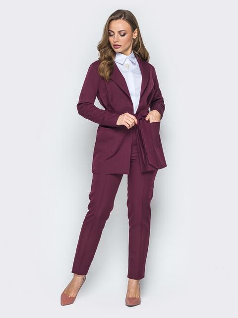 Бордовый комплект из жакета и брюк с простроченными стрелками - 19310, фото 1 – интернет-магазин Dressa
