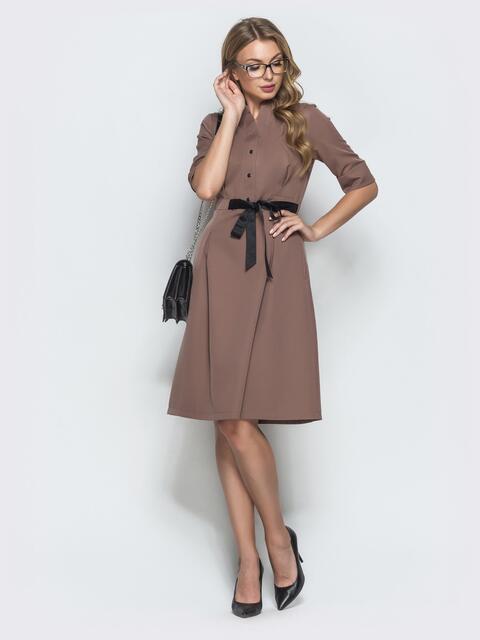 Коричневое платье на кнопках с атласным поясом 39880, фото 1