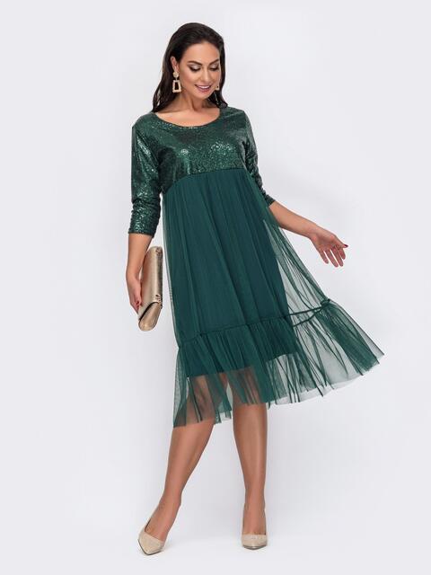 Двухслойное платье батал с пайетками на кокетке зеленое 52115, фото 1